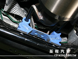 Ruffer Performance 排氣管強化吊耳